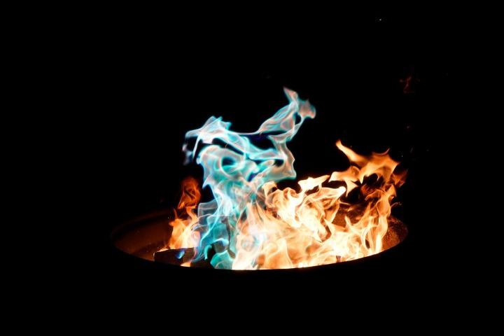 fire-2585370_1920